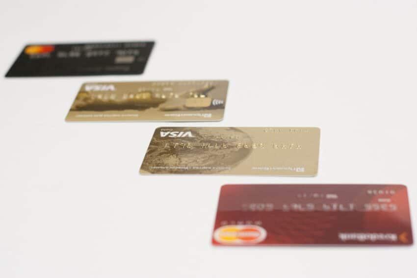 Skillnader mellan bankkort, betalkort, kreditkort